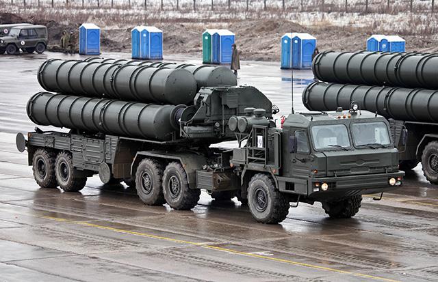 Rusko přibilo americká a izraelská letadla k zemi