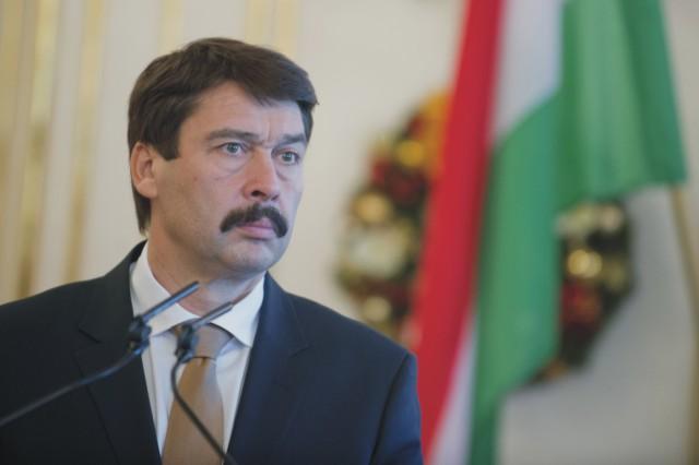 Na snímke maďarský prezident János Áder