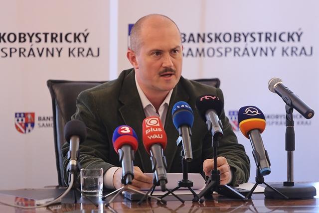 Na snímke predseda Banskobystrického samosprávneho kraja Marian Kotleba. Foto: Branislav Račko