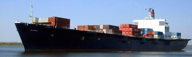 Na nedatovanej snímke je nákladná loď El Faro v prístave Jacksonville  na Floride