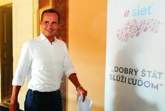 Na snímke predseda Siete Radoslav Procházka