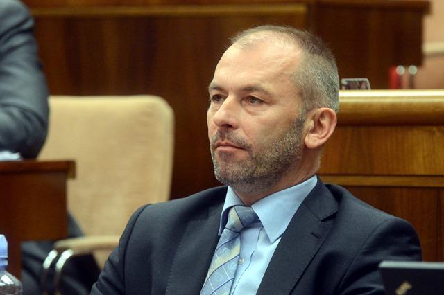 Na snímke poslanec Ľudovít Kaník