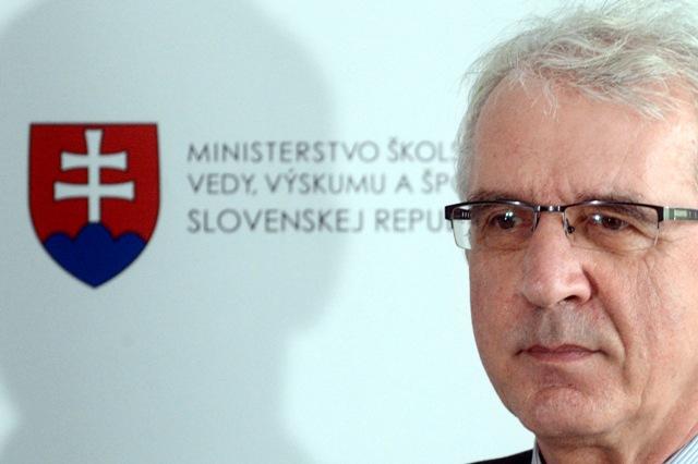 Na snímke nový školský ombudsman, doterajší podpredseda Odborového zväzu pracovníkov školstva a vedy Marcel Maták