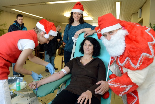 Druhý ročník Mikulášskej kvapky krvi v Univerzitnej nemocnici L. Pasteura Košice (UNLP)