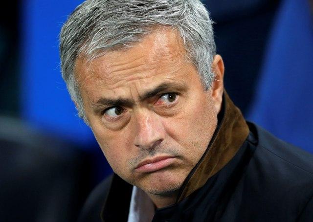 Na snímke tréner futbalistov Chelsea Londýn Jose Mourinho