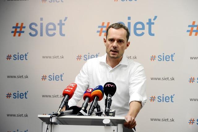 Na snímke predseda #Siete Radoslav Procházka