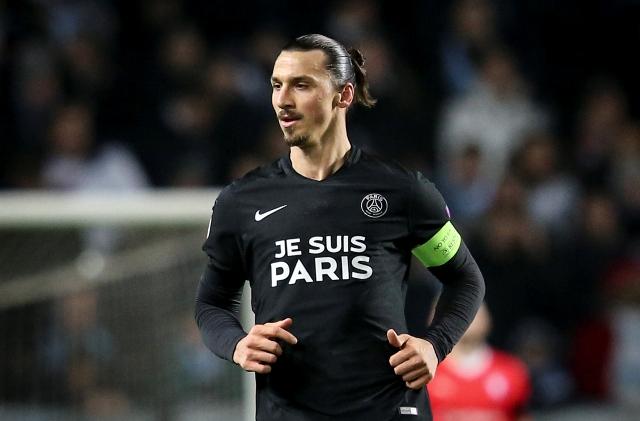 Na snímke hráč Paríža Saint-Germain Zlatan Ibrahimovič