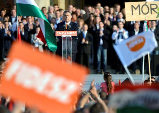 Na snímke predseda maďarskej vlády a predseda Fideszu Viktor Orbán