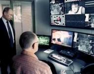 Milióny v debnách, Medveď redaktor a kontrola z Kremľa alebo Russian Today vo videoklipe zosmiešnila svojich neprajníkov