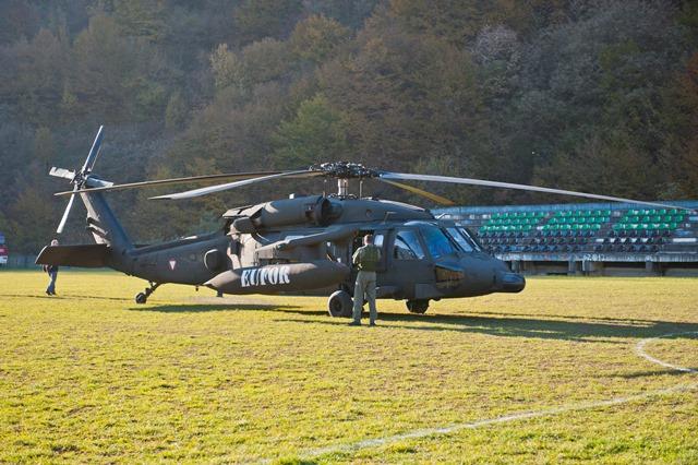 Na snímke vojenský vrtuľník typu Black Hawk