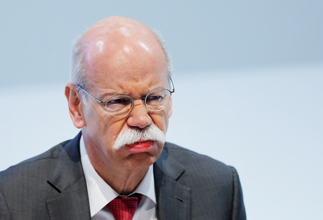 Na snímke šéf nemeckej automobilky Daimler AG a Mercedes Benz Dieter Zetsche