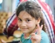 9-ročná Sara je jednou z detí, ktoré prišli na Slovensko
