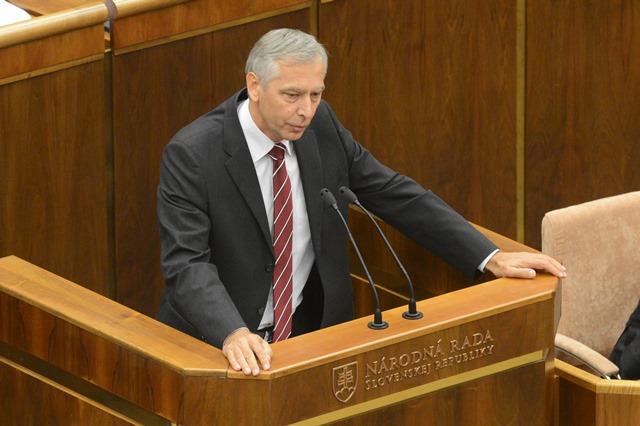Na snímke  podpredseda NR SR Ján Figeľ (KDH)