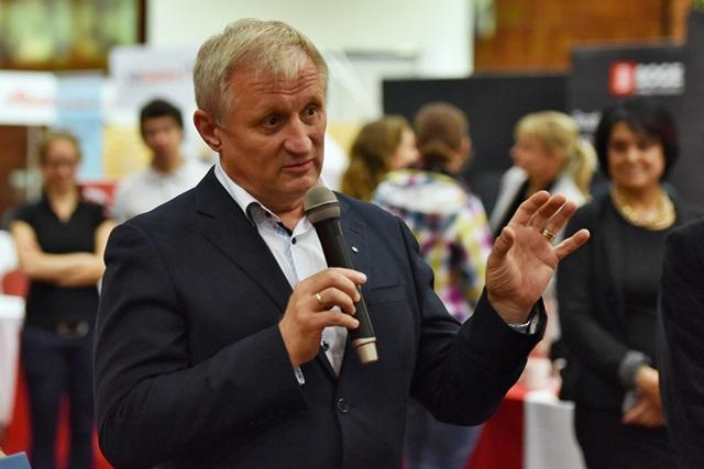 Na snímke výkonný prezident Zväzu automobilového priemyslu (ZAP SR) Jaroslav Holeček