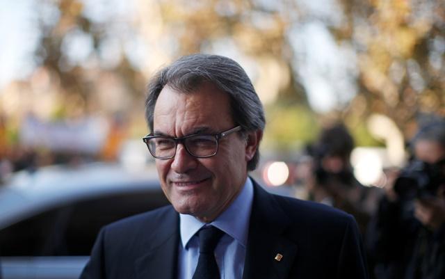 Na snímke úradujúci katalánsky prezident Arturo Mas