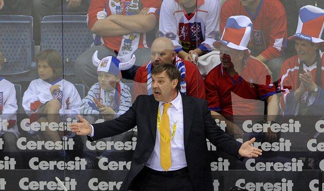 Na snímke tréner ruskej federácie Olegs Znaroks