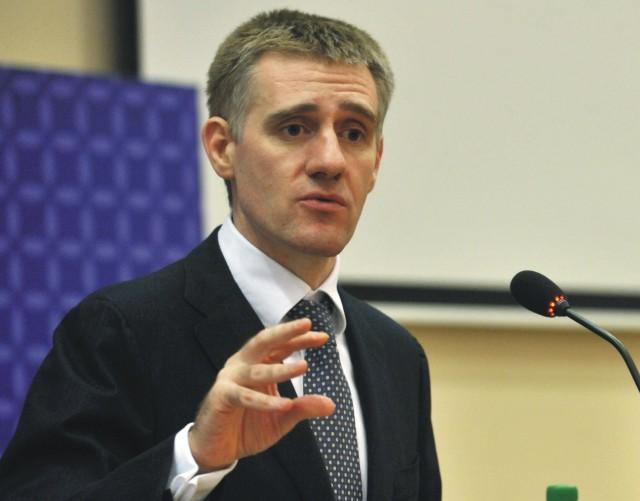 Na snímke šéf čiernohorskej diplomacie Igor Lukšič