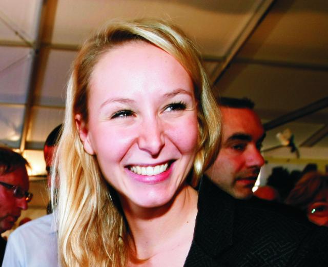 Na snímke predsedníčka krajne pravicového Národného frontu (FN) Marine Le Penová