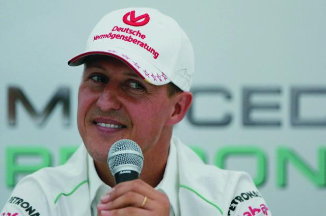Na archívnej snímke sedemnásobný majster sveta v pretekoch F1 Michael Schumacher