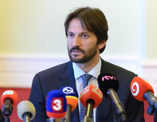 podpredseda vlády a minister vnútra SR Robert Kaliňák tlačová konferencia