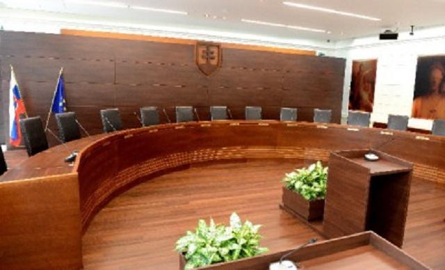Na snímke pojednávacia miestnosť Ústavného súdu