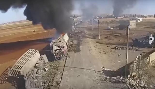 Tento konvoj cisterien ISIL-u už ropu do Turecka neprepašuje