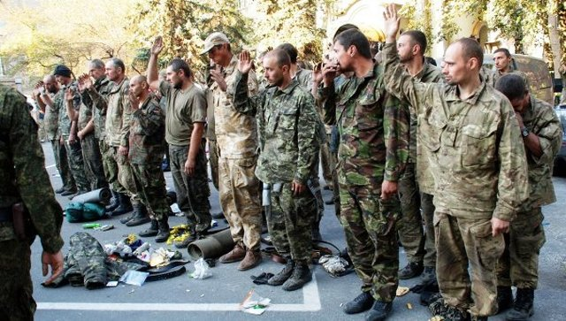 Vedenie Luhanskej ľudovej republiky mienilo pustiť na slobodu všetkých ukrajinských vojakov, ktorí sa nachádzajú v zajatí v Luhansku