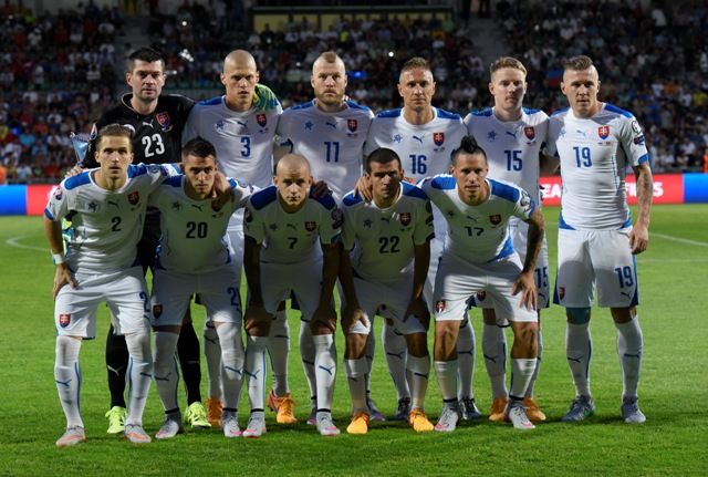 Na ilustračnej snímke slovenská futbalová jedenástka