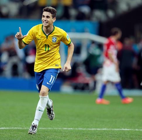 Na snímke brazílsky stredopoliar Oscar