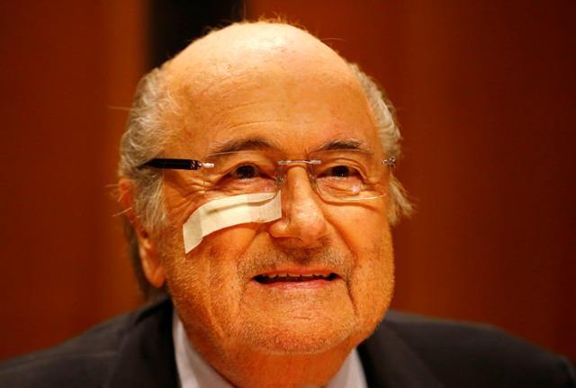 Na snímke Sepp Blatter
