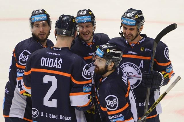 Na snímke hokejisti HC Košice