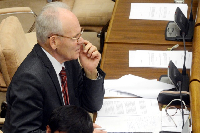 Na snímke poslanec NR SR Jozef Mikloško (KDH)