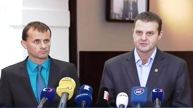 Poslanci českého parlamentu Zdeněk Ondráček a Stanislav Mackovík navštívili Doneckú a Luhanskú ľudovú republiku