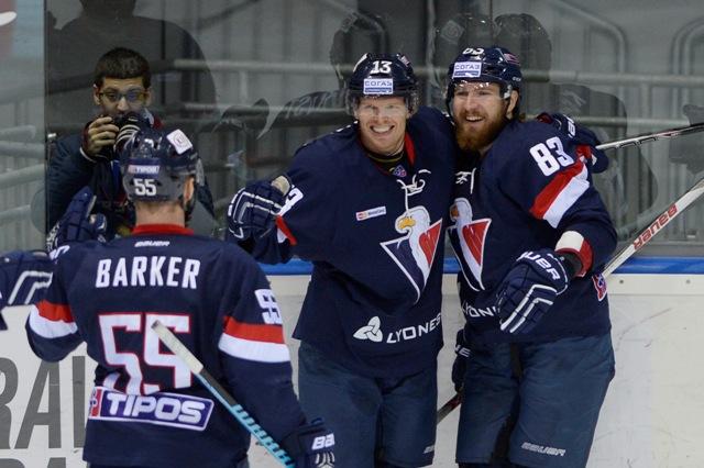 Na snímke radosť hráčov Slovana v zápase hokejovej KHL medzi HC Slovan Bratislava - Viťaz Moskovská oblasť v Bratislave