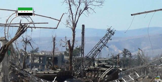 Vo viacerých lokalitách mesta Daraia blízko sárskej metropoly Damask prebiehajú prudké boje