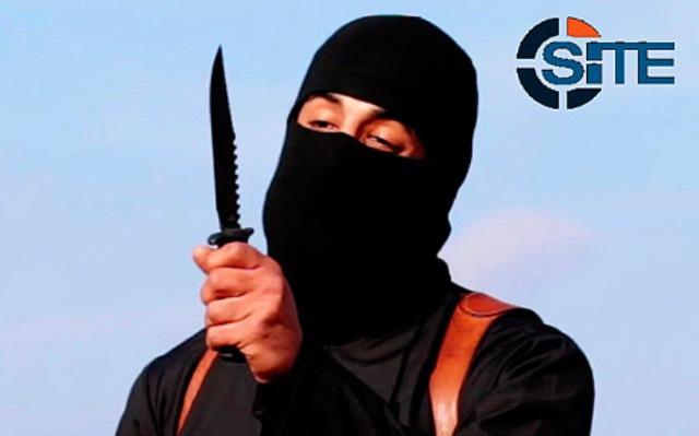 Na snímke z videa militantov Mohammed Emwazi, známy ako Džihádista John