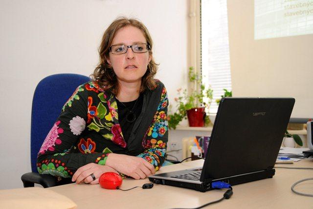 Na snímke Petra Vargová Čakovská zo Spoločnosti ochrany spotrebiteľov (S.O.S.) v Poprade