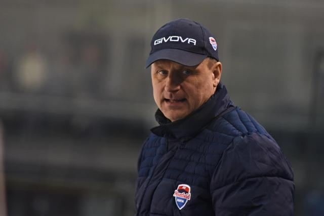 Na snímke tréner Martina Ivan Dornič