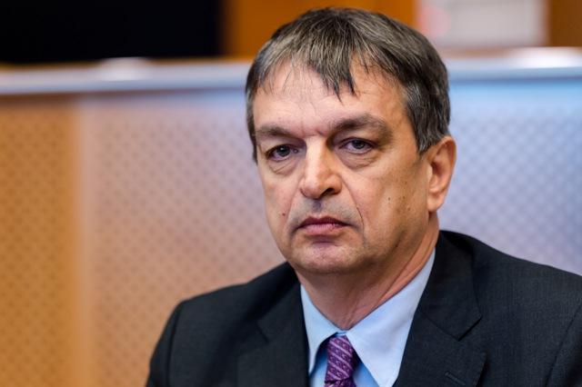Na snímke kandidát na prezidenta Medzinárodnej futbalovej federácie FIFA Jerome Champagne