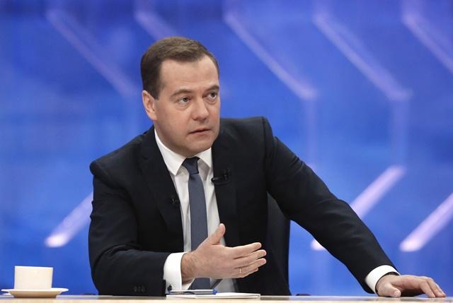 Na snímke ruský premiér Dmitrij Medvedev