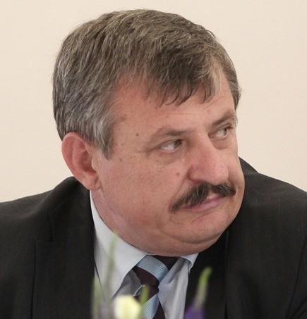 Na snímke podpredseda Slovenskej národnej strany (SNS) Anton Hrnko