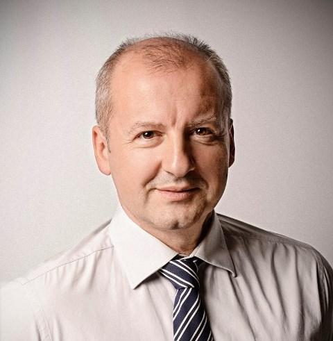 Na snímke maďarský minister obrany István Simicskó