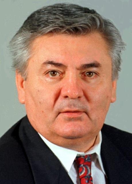 Na snímke z roku 1998 Ján Ducký