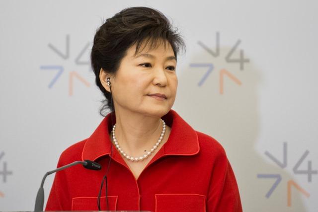 Na snímke juhokórejská prezidentka Pak Kun-hje