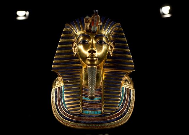 Na snímke posmrtná maska egyptského faraóna Tutanchamona