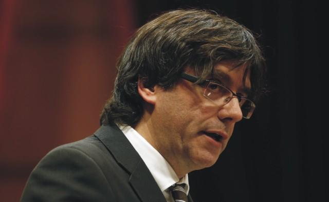 Nový predseda katalánska vláda Carles Puigdemont