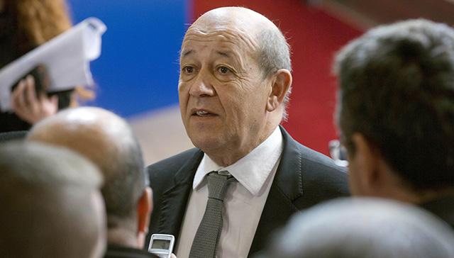 Na snímke francúzsky minister obrany Jean-Yves Le Drian
