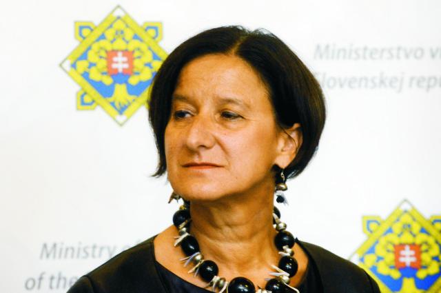 Na archívnej snímke rakúska ministerka vnútra Johanna Mikl-Leitnerová