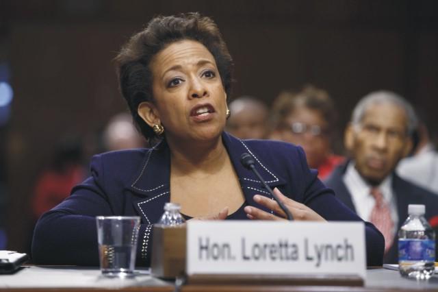Na archívnej snímke americká ministerka spravodlivosti Loretta Lynchová