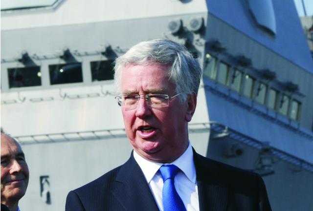 Britský minister obrany Michael Fallon